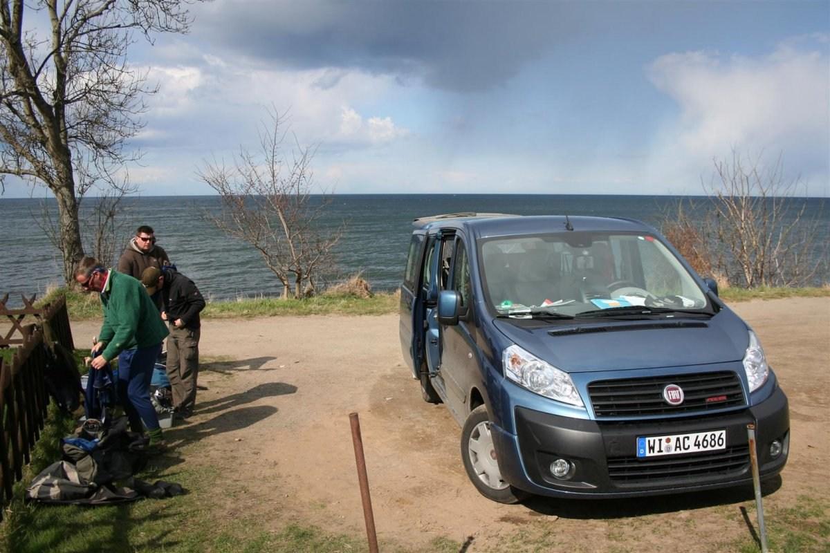 Meerforellen-Angler vor Salene-Bucht auf Bornholm