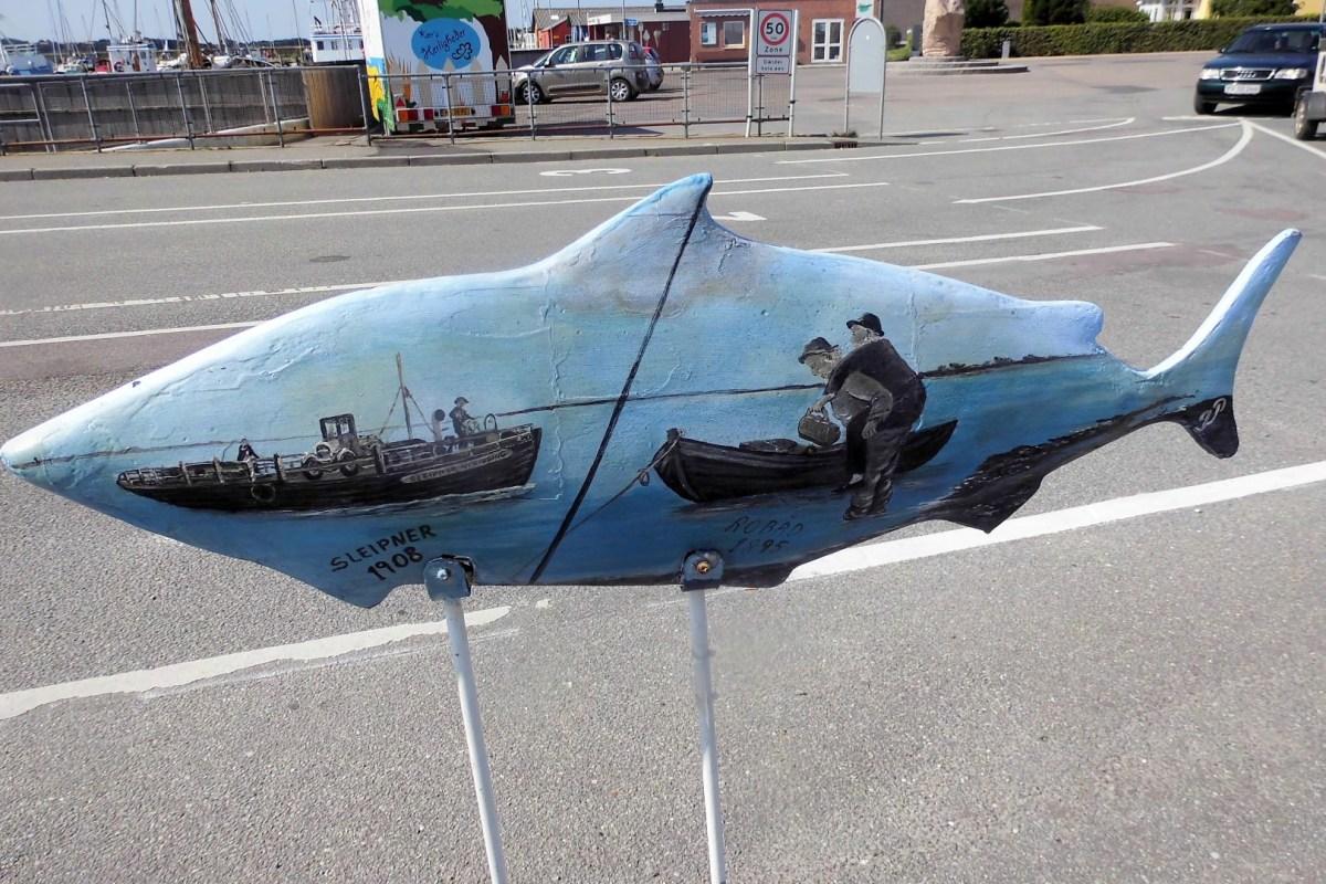 Fisch-Skulptur auf der Insel Fur im Limfjord