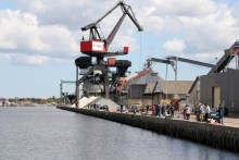 Hering angeln am Hafen von Randers
